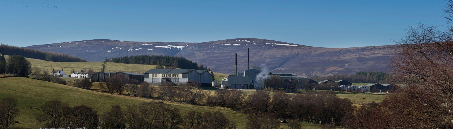 enabling-major-distilleries-to-reduce-their-carbon-impact-1-case-banner.jpg